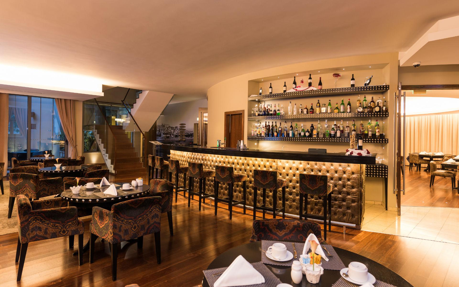 restaurant et bar cs vintage lisbon hotel 5 etoiles lisbonne week end et voyage lisbonne. Black Bedroom Furniture Sets. Home Design Ideas