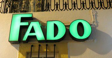 Enseigne Fado - Restaurant Lisbonne