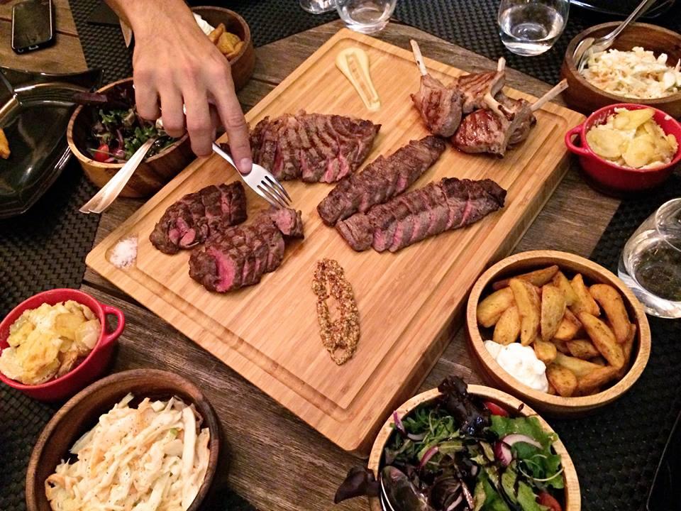 plateau-de-viandes-grillees-restaurant-atalho-real-lisbonne