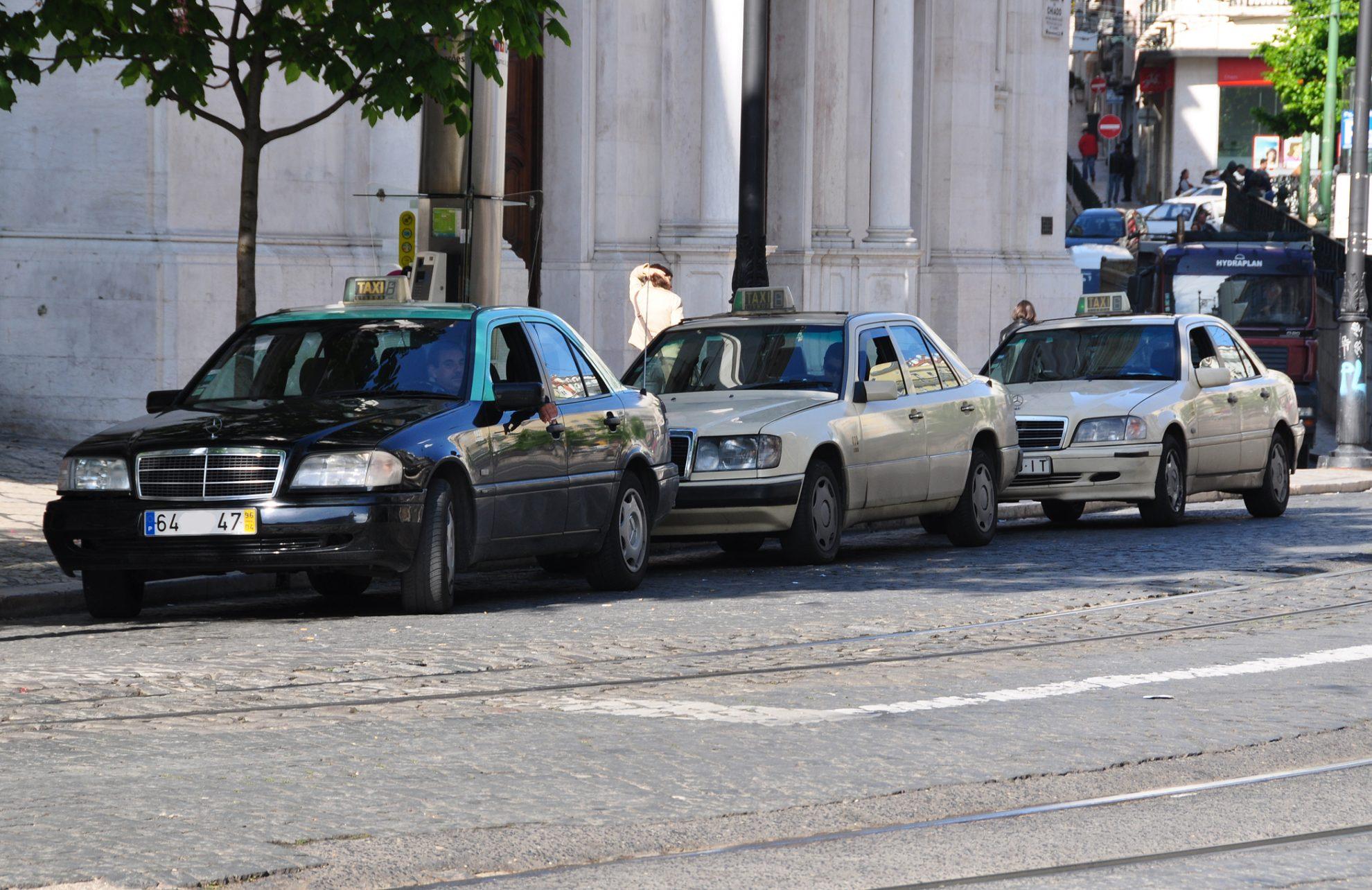 taxis lisbonne viter les arnaques et conna tre les alternatives week end et voyage lisbonne. Black Bedroom Furniture Sets. Home Design Ideas