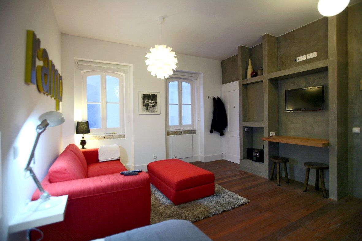 Travellers House - Salle TV - Auberge de jeunesse Lisbonne
