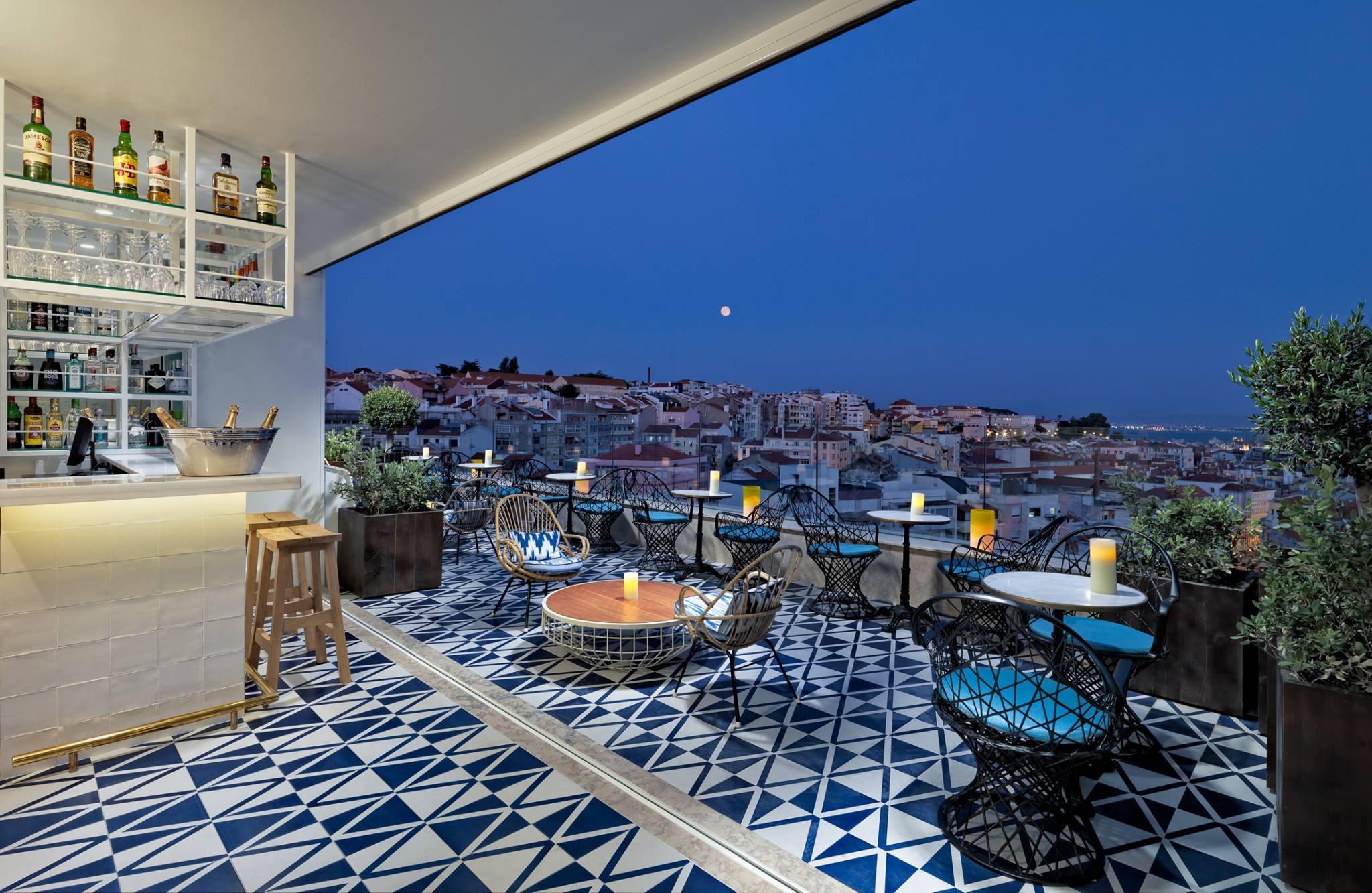 rooftops de lisbonne les meilleurs parmi les nouveaux. Black Bedroom Furniture Sets. Home Design Ideas