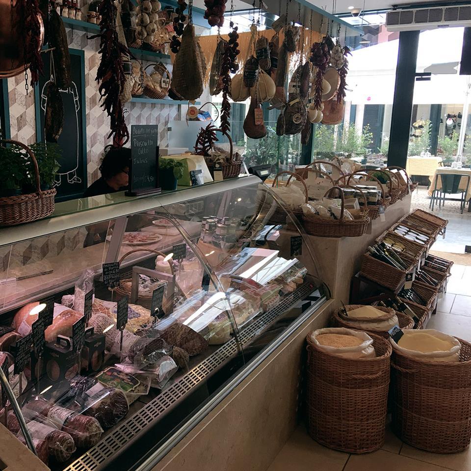 Comptoir charcuteries - Il Mercato - Epicerie fine italienne - Lisbonne