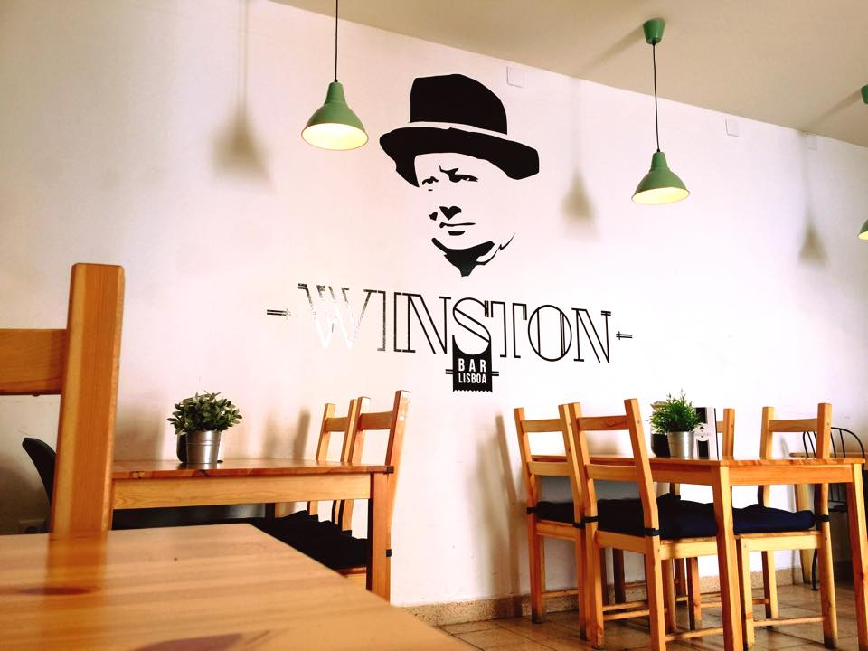 Salle du Winston Bar - Portrait de Winston Churchill - Lisbonne